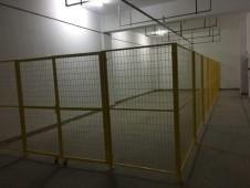 电子厂仓库黄色护栏网